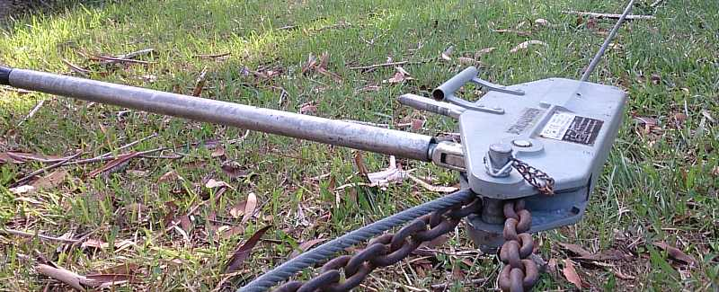 hand winch turpher for fencing taught.jpg
