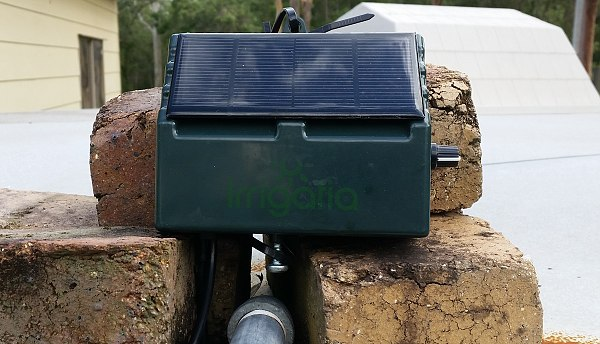irrigatia solar watering unit or waterwand sol k12.jpg