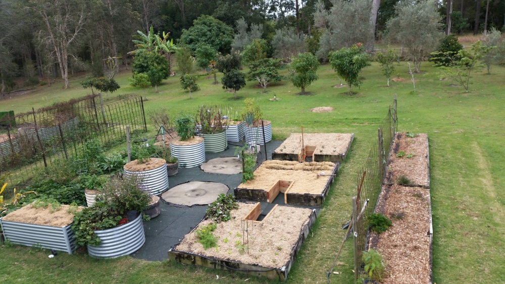 Keyhole gardens   Self Sufficient Culture